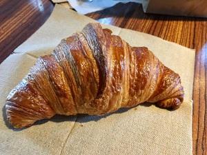 den-croissant